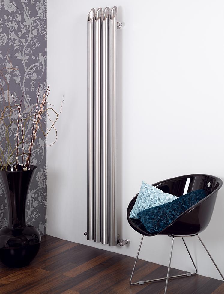 DESIGN audacieux : BAMBOO est un radiateur unique en inox, à la symétrie charmante et étourdissante. BAMBOO s'intégrera harmonieusement avec votre intérieur.